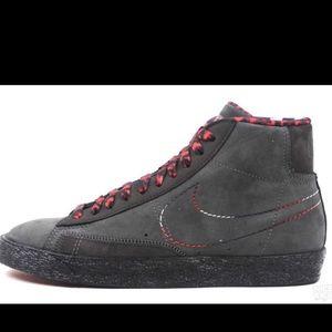 Nike blazer BHM